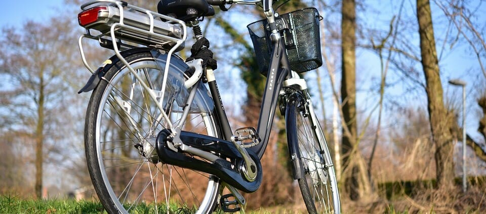 elektromos kerékpár hátsó akkumulátorral l